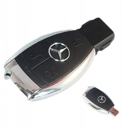 PENDRIVE TECH ONE TECH LLAVE MERCEDES 32GB - USB 2.0
